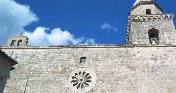 Cropani Duomo Calabria Contatto