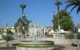 Piazza Italia a Taurianova Calabria Contatto