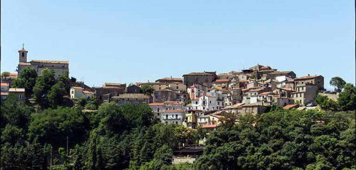 Acri Panoramica del Paese Calabria Contatto