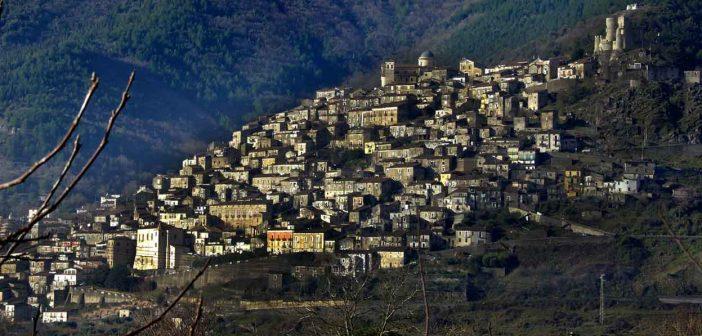 Castrovillari Panoramica Calabria Contatto