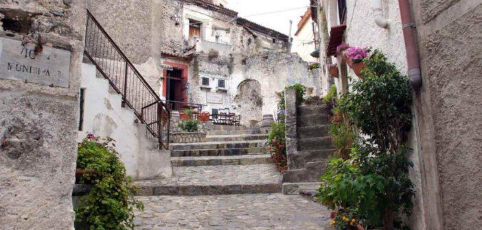 Scalea Borgo Antico Calabria Contatto