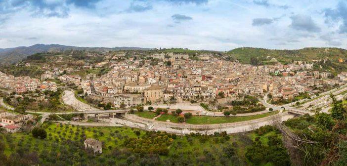 Guardavalle Paesaggio Calabria Contatto