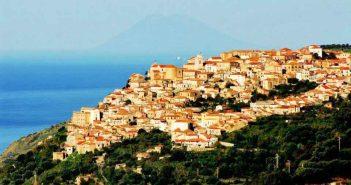 Nicotera Paesaggio Panorama Calabria Contatto
