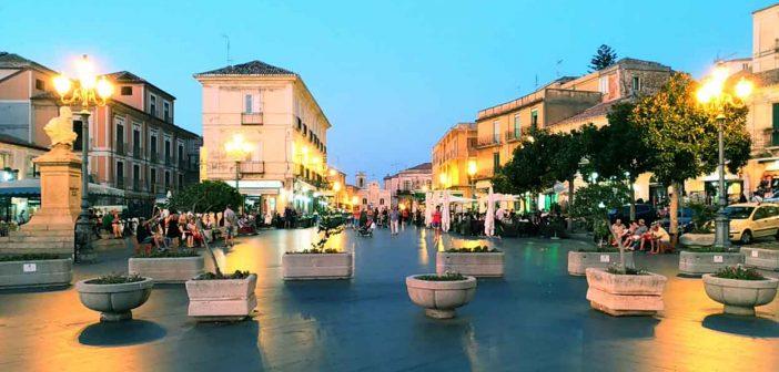 Pizzo Calabro Piazza Al Tramonto Calabria Contatto