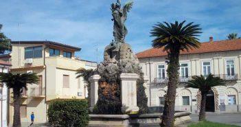 Polistena Monumento ai caduti Calabria Contatto