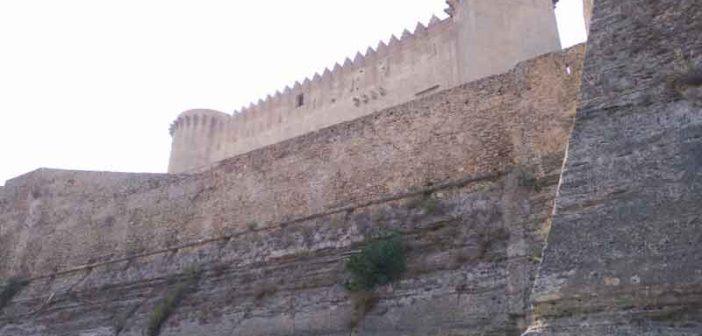 Santa Severina Mura Calabria Contatto