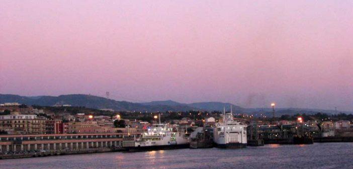 Il Porto di VIlla San Giovanni Calabria Contatto