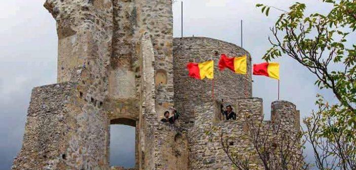 Torre Festa Bandiera Morano Calabro Calabria Contatto
