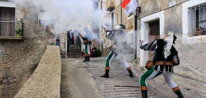 Pistonieri Bandiera Morano Calabria Contatto