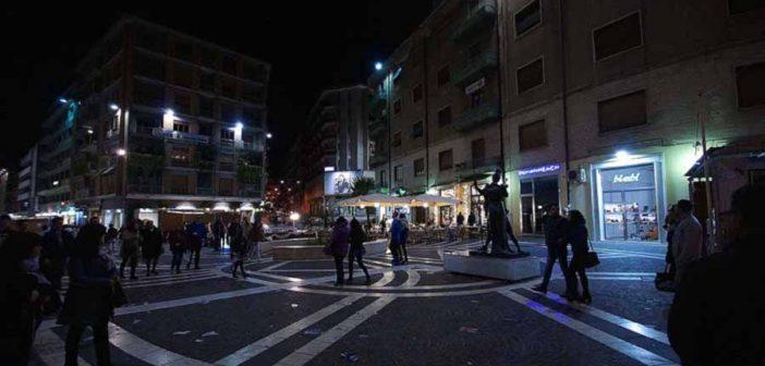 Cosenza Centro Notte Calabria Contatto