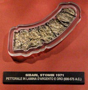 Pettorale Oro Argento Museo Sibaritide Calabria Contatto
