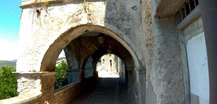 Arco Cleto Calabria Contatto