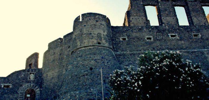 Scolacium Castello Squillace Archeologia Calabria Contatto