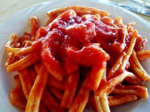 Parliamoci Chiaro Pasta Sugo Ragu Badolato Calabria Contatto